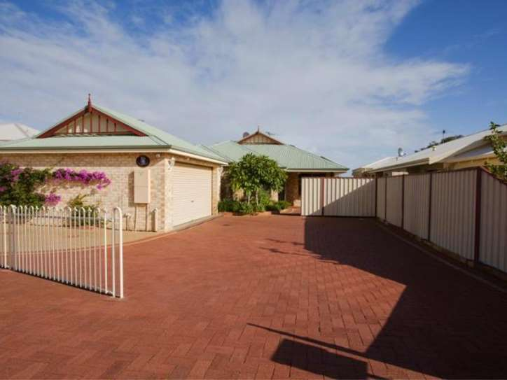 21a Willis Cove, Pelican Point