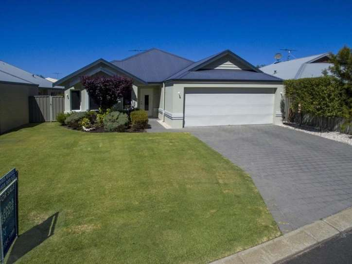 17 Latrobe Place, Abbey