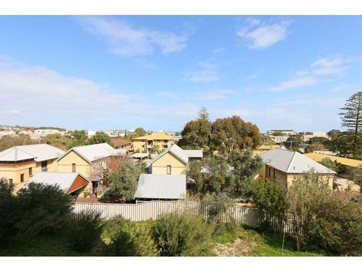 22/21 Harvest Road, North Fremantle