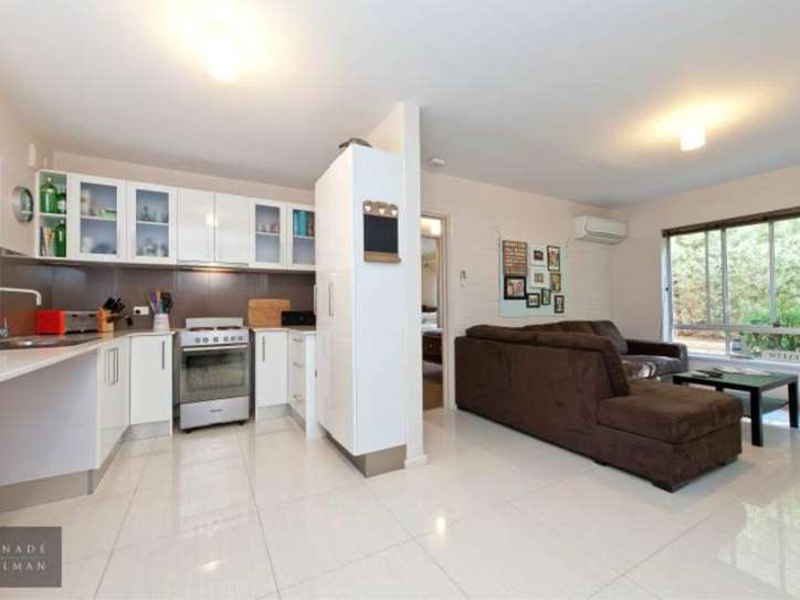 9/219 Scarborough Beach Road, Doubleview