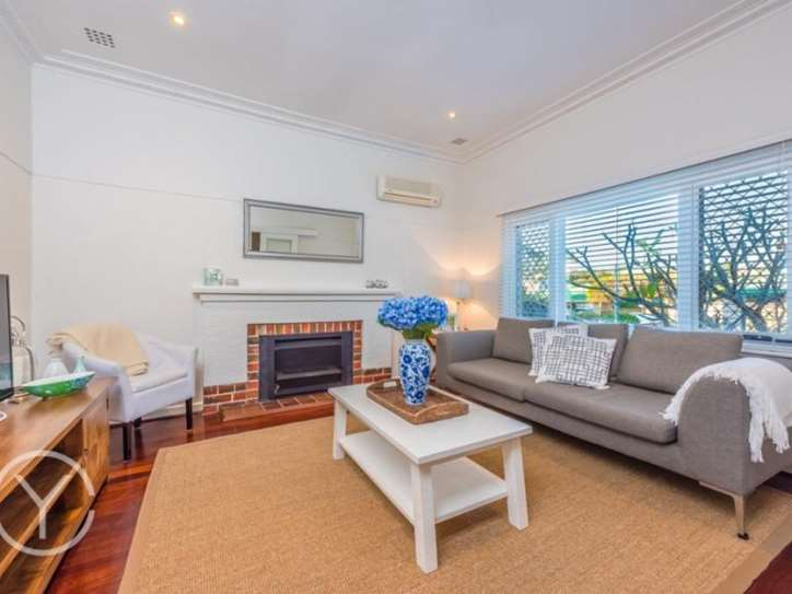13 Auborough Street, Doubleview