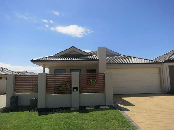 63 Merlot Way, Pearsall