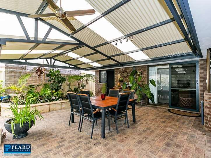 5 Andrews Court, Padbury