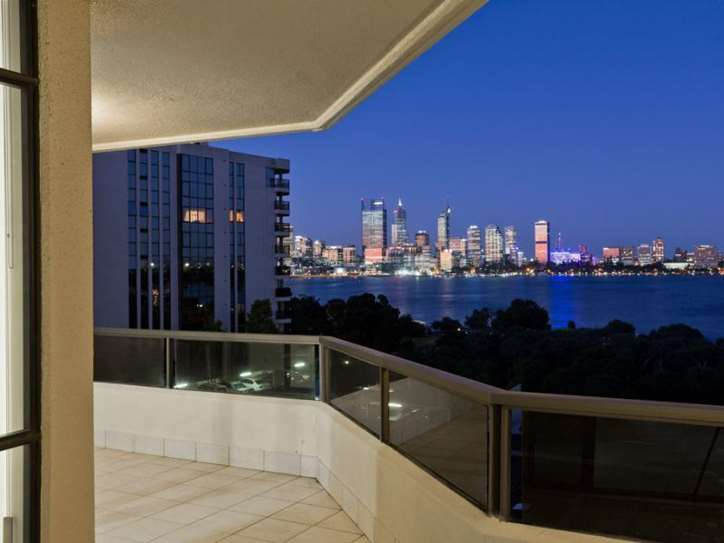 18/166 Mill Point Road, South Perth