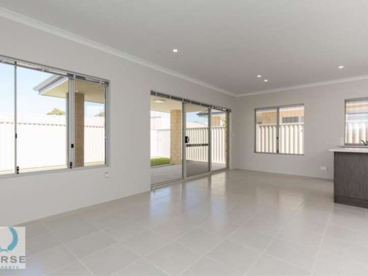 1 & 2/5 Barmond Road, Cannington
