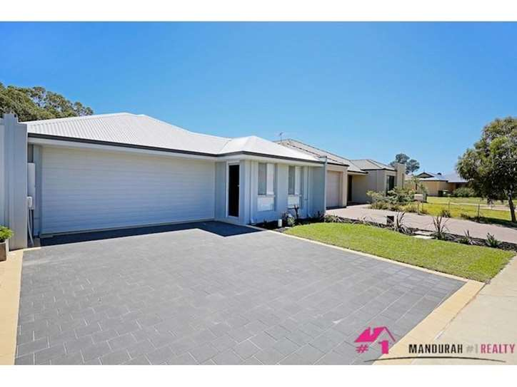 95 Camden Way, Meadow Springs