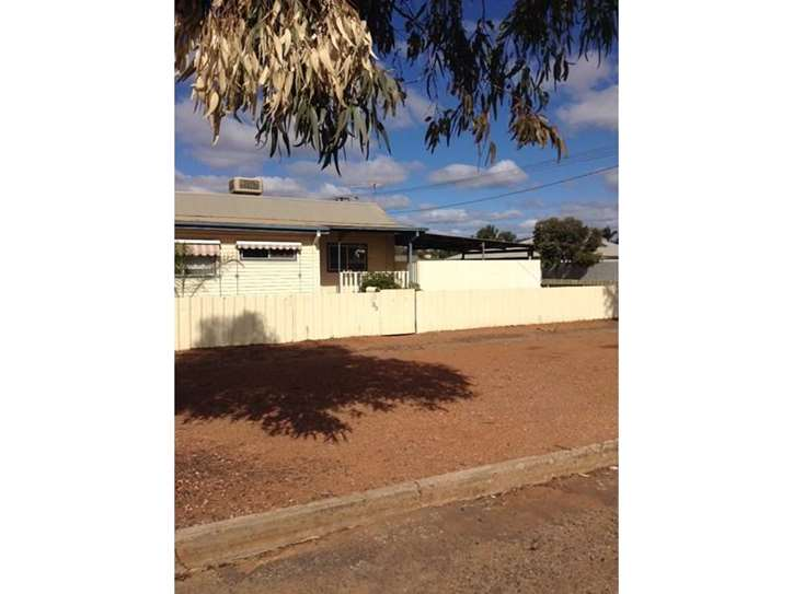 33 Ware Street, South Kalgoorlie