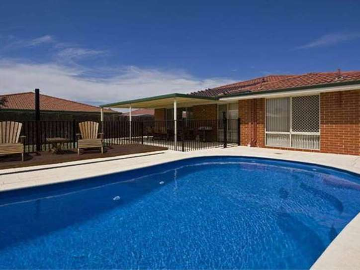 6 Nooyan Cl, South Guildford