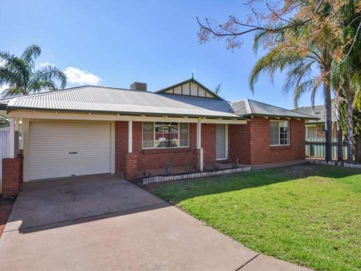 4 Holroyd Way, Boulder