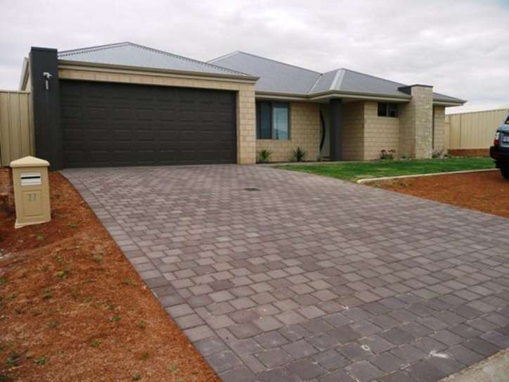 27 Lugger Outlook, Glenfield