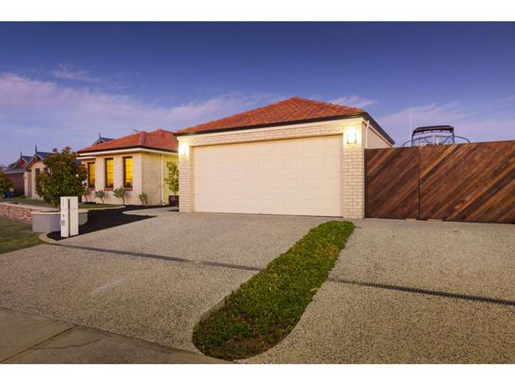 40 Tintagel Loop, Orelia