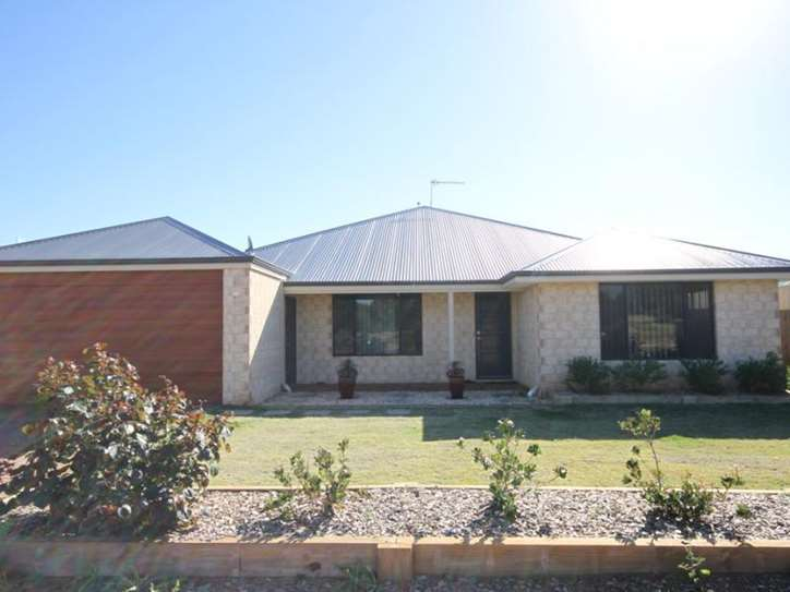 13 Barnacle Road, Drummond Cove
