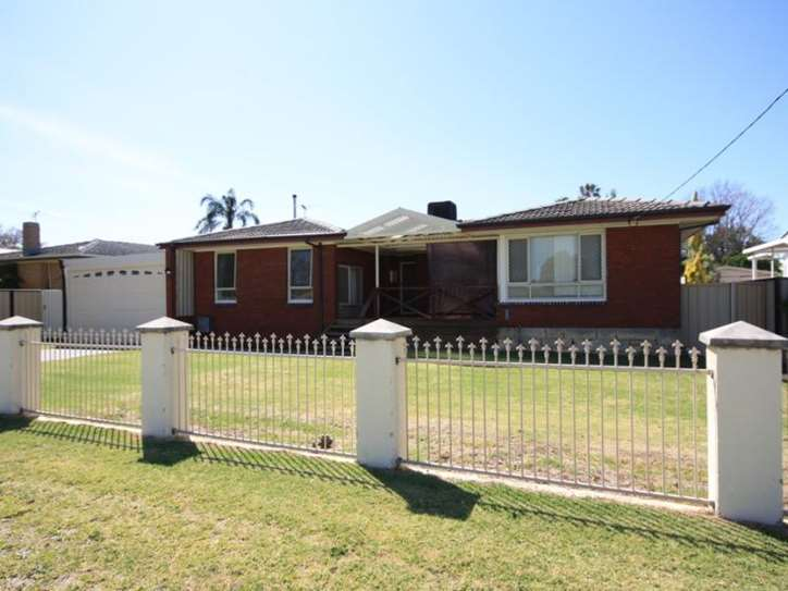 30 Coffey Road, Belmont