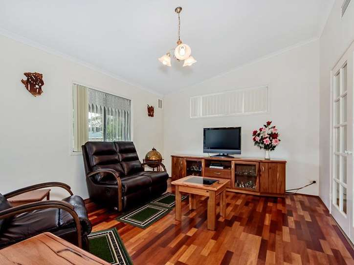212/270 South Western Hwy, Mount Richon