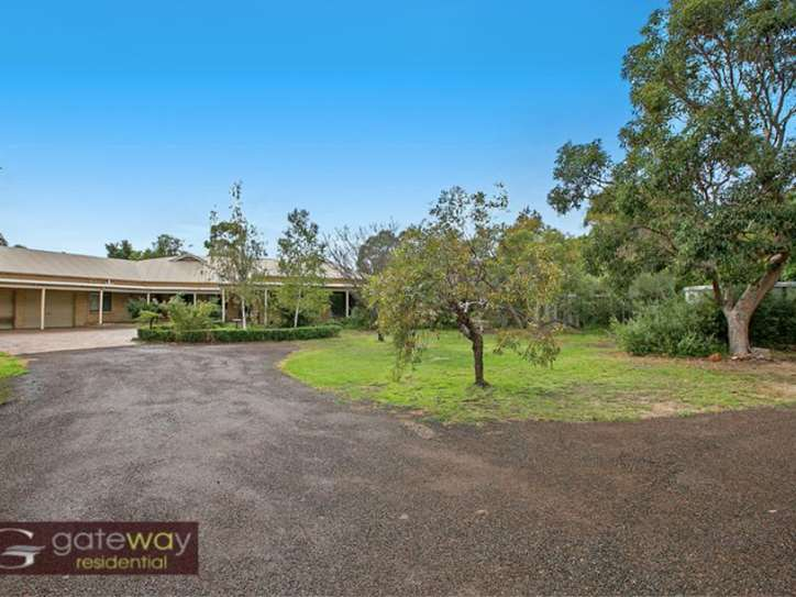 24 Lakes Way, Jandakot